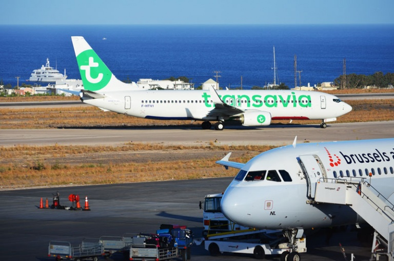 santorini airport-5